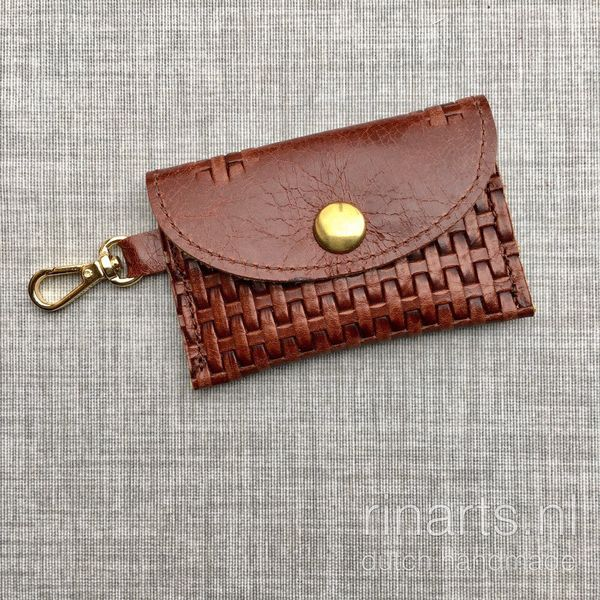 Coin case / key case  /  envelope bagcharm in brown leather with braided print