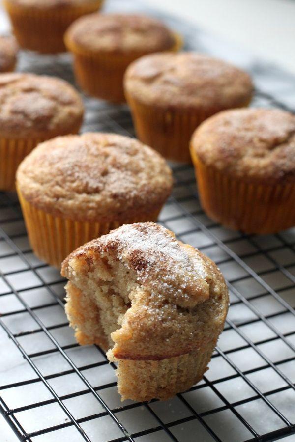 (Vegan) Cinnamon Sugar Doughnut Muffins - A quick and easy recipe that's perfect for breakfast! 5 stars!