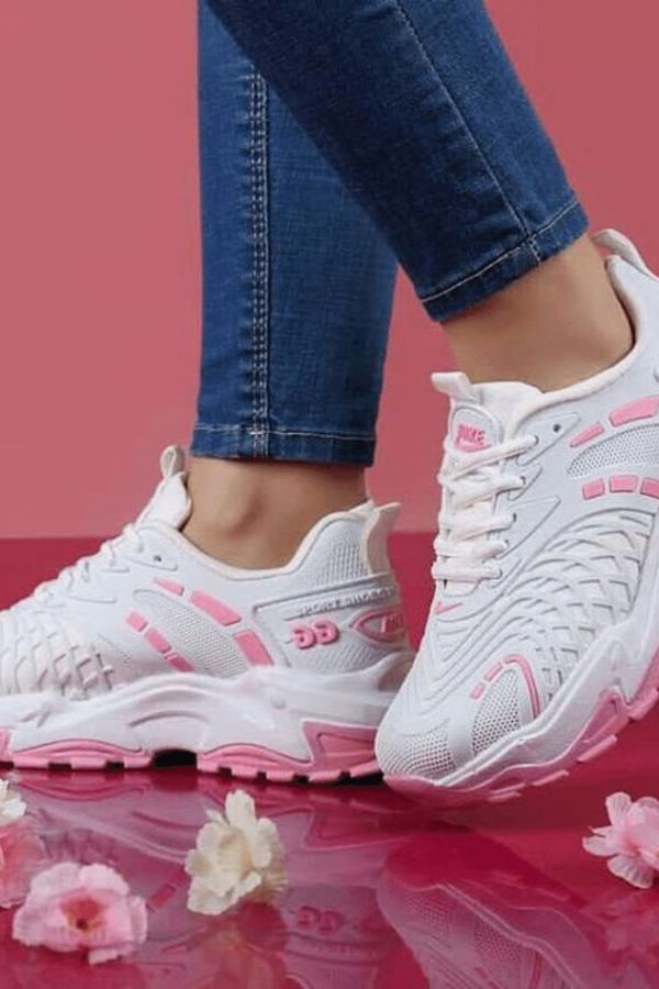 Sneakers for lovers of gentle tones 2021