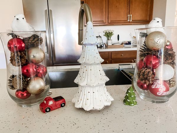 christmas inspo. Visit www.asimplepieceofme.com for more inspo and details. #christmasdecor #christmasinspo #christmasdecorations