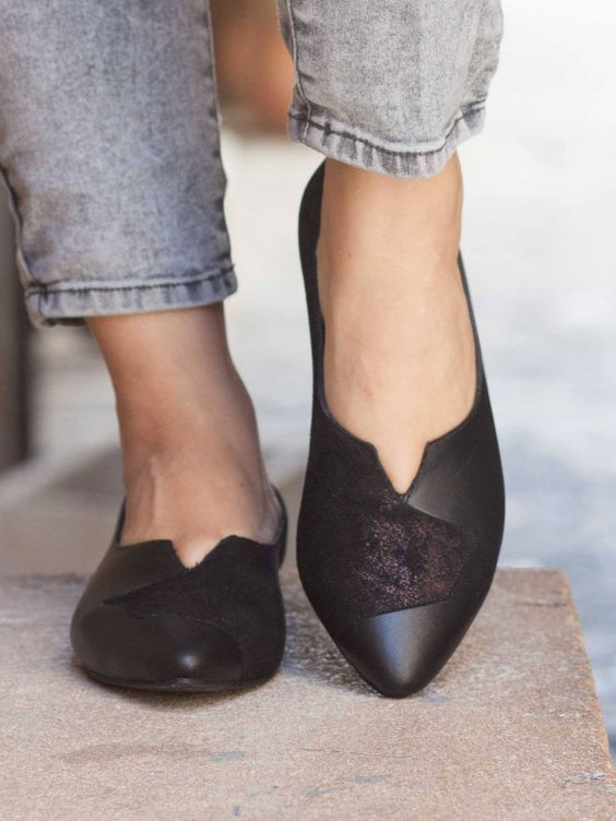 Black Comfortable flats for every occasion