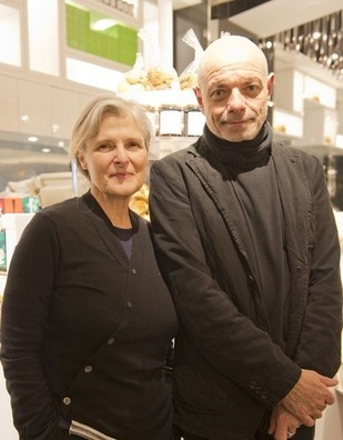 "Owners Rose & Jean-Charles Carrarini of popular organic café located in Paris named ""Rose Bakery"" visited Japan."