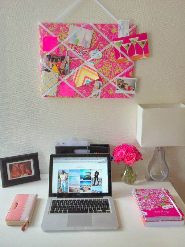 Dorm room study space