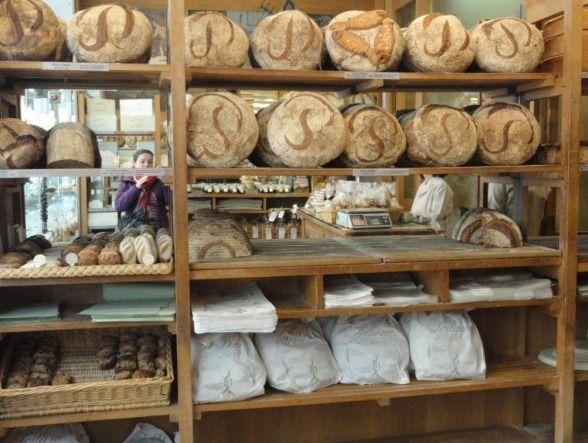 #Paris #Breakfast: #Pain #Poilane. O melhor pao do mundo. Le meilleur pain du monde.