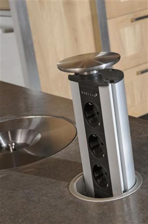 Versteckte Steckdosen können bei uns zusätzlich bestellt werden. Fragen Sie uns bei www.schreiner-24.ch