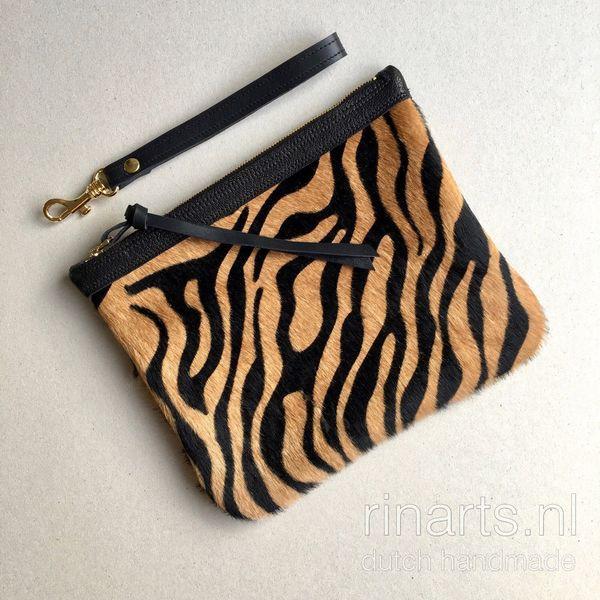 Clutch in zebra print cowhair