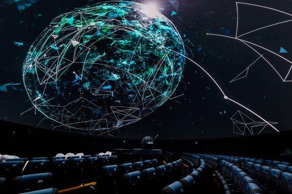 プラネタリムとサカナクションがコラボ!『サカナクション グッドナイト・プラネタリウム』が上映中 | ガジェット通信
