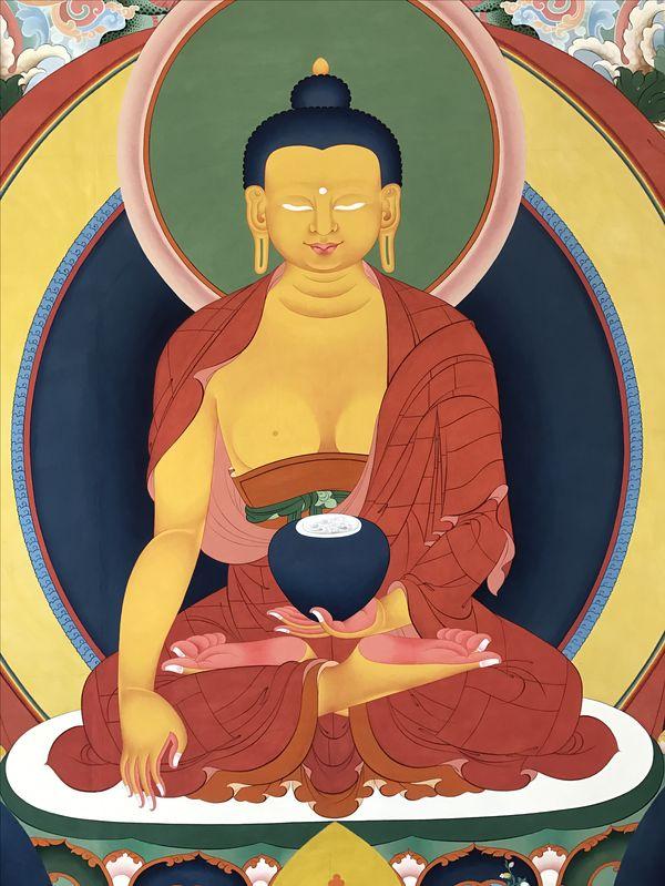 Beautiful progress on Buddha  in the #thanbhochi at TibetanGallery.   #TibetanArt #Thangka #Buddhism #BuddhistArt www.PreserveTibetanArt.org
