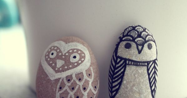 DIY Owl Pebbles. An up to date/more awesomer Pet Rock. Right? via: