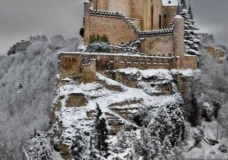 Alcazar Castle in Winter, Segovia, Spain I saw this place everyday on my walk to class! Amazing!