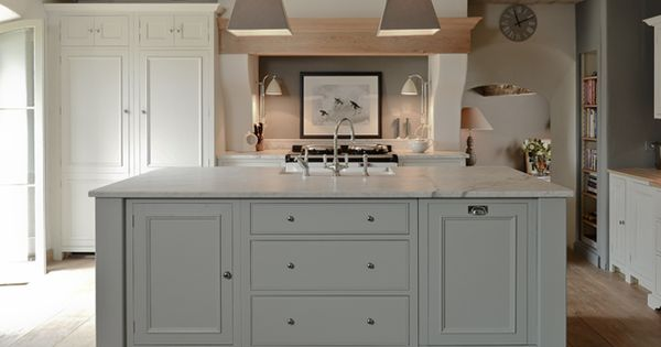 Neptune Kitchens cabinet color