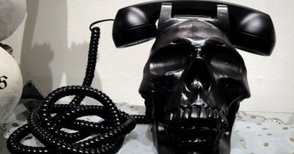 Black Skull Telephone.