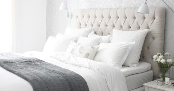 I really like grey at the moment and this room looks sophisticated