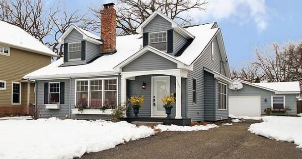 Wonderful cape cod style home curb appeal pinterest house colors home and colors for Cape cod exterior color schemes