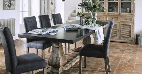 Table de salle manger en m tal et bois recycl l 240 cm for Table de salle a manger 15 couverts