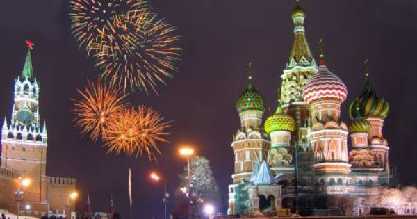 New Years Pictures Xmas And New Year Tours Russia Christmas And New Year Holidays To New Years Eve Fireworks Christmas Travel Cool Places To Visit