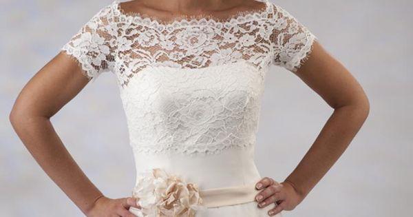 Vintage Wedding Dresses East Sussex: Trouwjurk, Kant, Boothals Van Kant, Tule Rok, Ceintuur Met