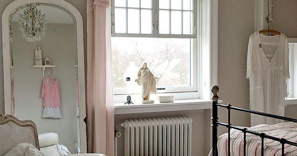 Modern Country girls' bedroom  ♡인테리어,아트  Pinterest  침실 ...