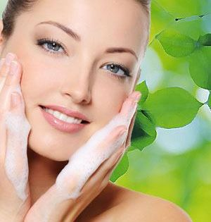 Fix Your Skin Has A Lot Of Articles About General Skin Care And Diy Tips It Also Has Moisturizers Face Masks Acne Prone Skin Oily Skin Treatment Moisturizer