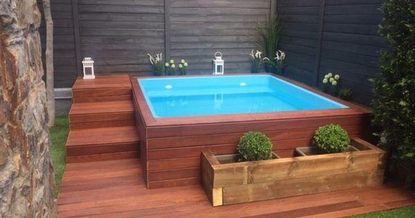 Piscinas pequenas piscinas com deck de madeira for Piscinas desmontables pequenas
