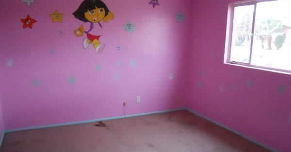 Dora bedroom decorations rooms decorating ideas dora for Dora the explorer wall mural