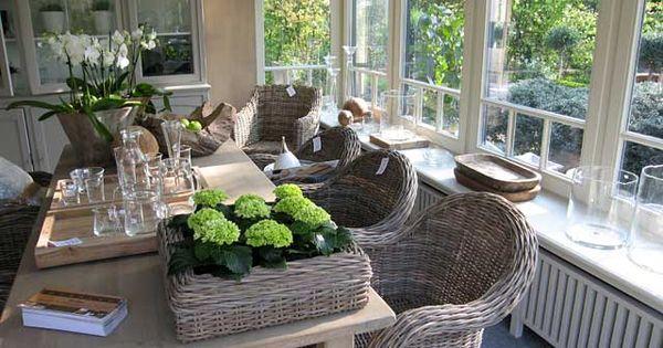 Heerlijk zo een grote tuinkamer tuinkamer en veranda pinterest veranda decoratie en huis - Idee decoratie eetkamer ...