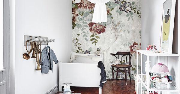 Elephant in the room blog d co diy kids 39 kingdom pinterest papier peint fleuri - Bed bebe scandinavische ...