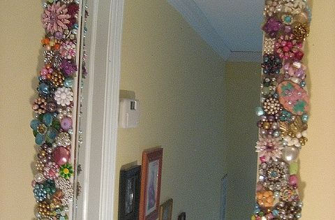Vintage jewellery framed mirror
