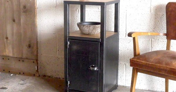 meuble d 39 entr e style industriel home inspirations pinterest chene massif tables de. Black Bedroom Furniture Sets. Home Design Ideas