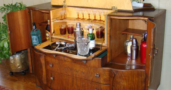 antique art deco pop up martini bar liquor cabinet. Black Bedroom Furniture Sets. Home Design Ideas