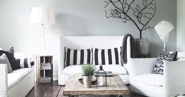 Mooi meubilair van paola navone komt mooi uit tegen een subtiel grijze muur via bolig - Meubilair van binnenkomst grijs ...