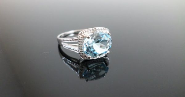 less than 100 dollar engagement ring Wedding