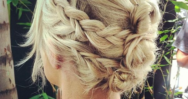 gorgeous hairstyle for shorter hair