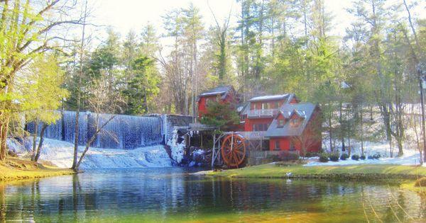 Highland Lake Inn Hendersonville Nc Near Asheville My Neck Of The Woods Pinterest