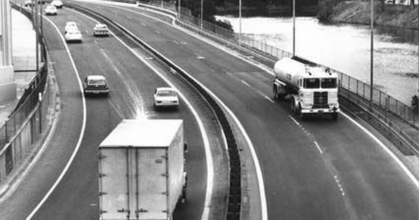 Historypin Vicroads Centenary South Eastern Freeway 1968 Now