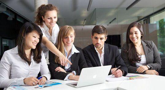 Fashion Design Programs And Degree Fashion Designing Courses Online El University London University University Of South Africa Online Degree Programs