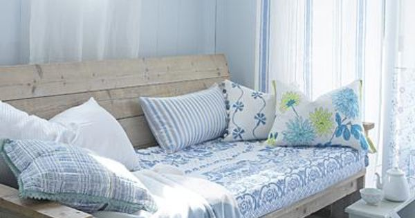 Diy Inspiration Daybeds: DIY Sofa/daybed/bed Inspiration Pic- Use 2x4s, Thin