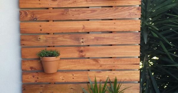 Recycled Pallet Timber Decorative Screen Verticle Planter