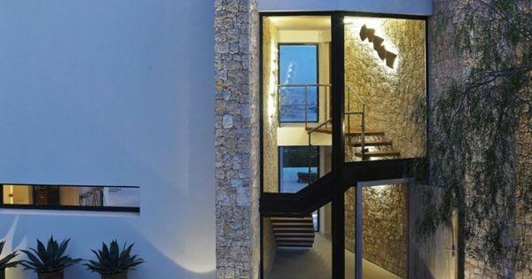 Fassadengestaltung einfamilienhaus weiß  Einfamilienhaus Spanien moderne Ziegelwände weiß | Exterior home ...