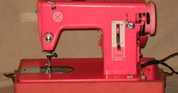 Pink Sears Kenmore Sewing Machine (159.110) – A Review ...
