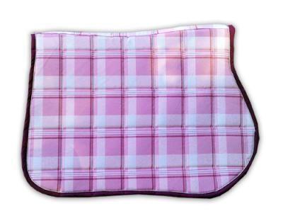 fabrication d un tapis de selle maison tuto pinterest. Black Bedroom Furniture Sets. Home Design Ideas