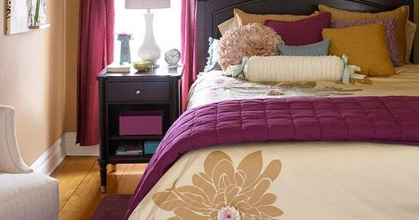 Small bedroom decorating ideas master bedroom bath for Black and yellow bedroom designs