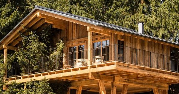 baumh user und baumhaushotels naturnahes baumhausdorf san luis in s dtirol tree houses. Black Bedroom Furniture Sets. Home Design Ideas