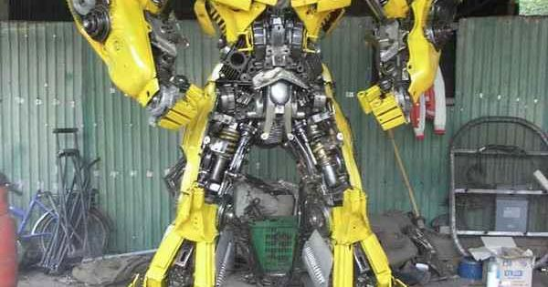 bumble bee is the most famus transformer ever