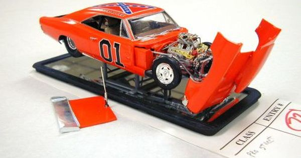 Charger General Lee With Flip Frontend Plastic Fanatic