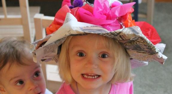 Crazy Derby Hat Made From Paper: So Easy To Make. Try With