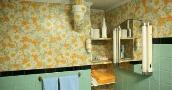 How To Paint Over Wallpaper Like A Professional Hunker Painting Over Wallpaper Peeling Wallpaper Retro Bathrooms