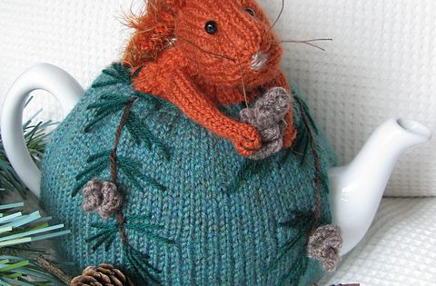 Ravelry: Red Squirrel Tea Cosy and Pine Cone Egg Cosy pattern by
