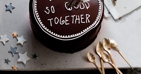 creative anniversary cake idea