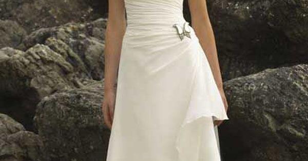 Simple cap sleeve wedding dress for older brides over 40 for Simple elegant wedding dresses second wedding